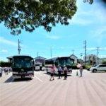 二台のバス